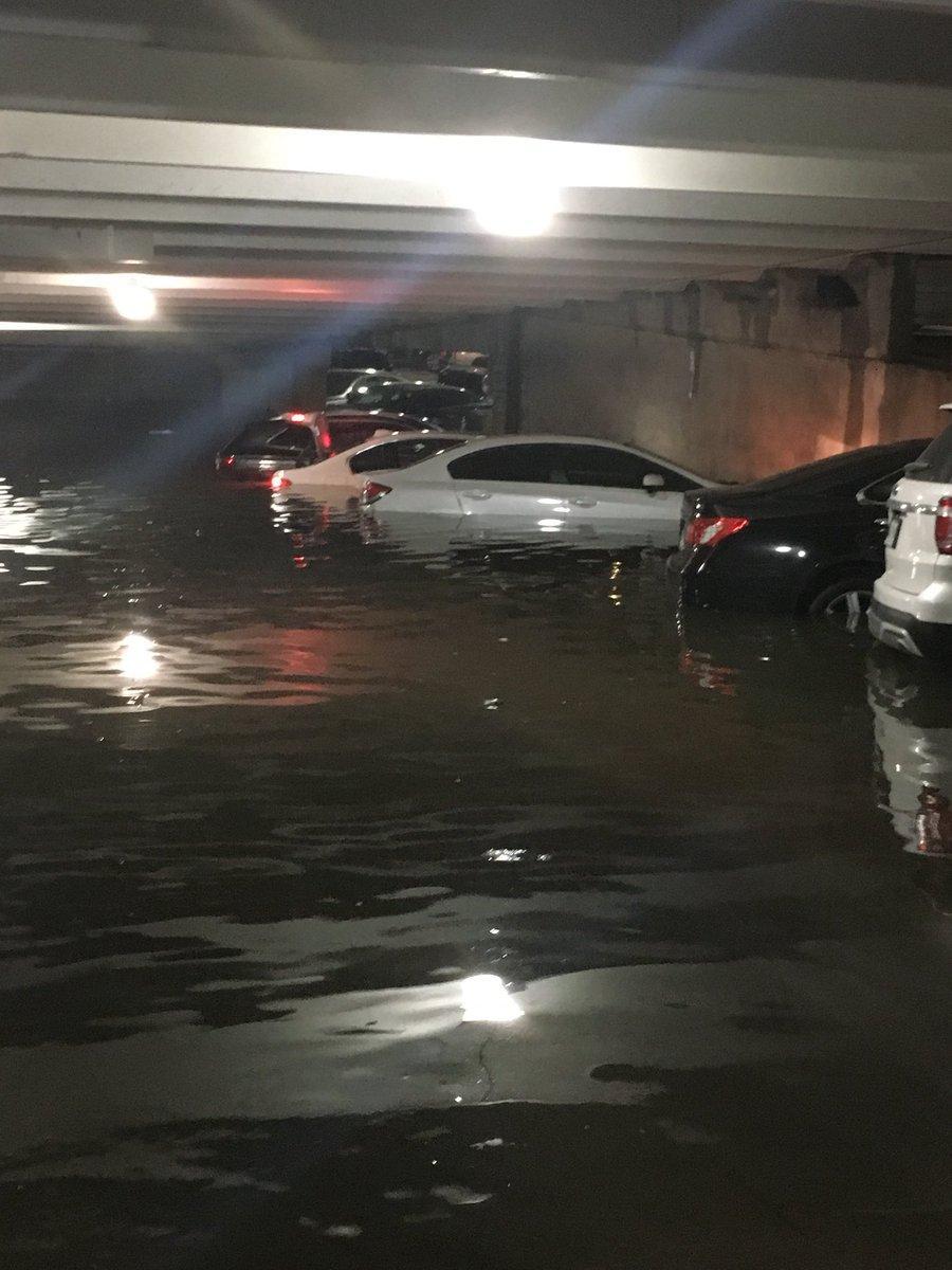 Наводнение в Техасе / twitter.com/omair_siddiqi
