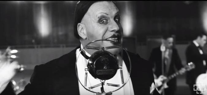 Rammstein випустив кліп на пісню Radio / скріншот