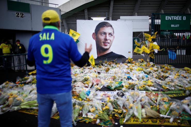 "Форвард ""Кардиффа"" Эмилиано Сала погиб в январе 2019 года в авиакатастрофе над Ла-Маншем / REUTERS"