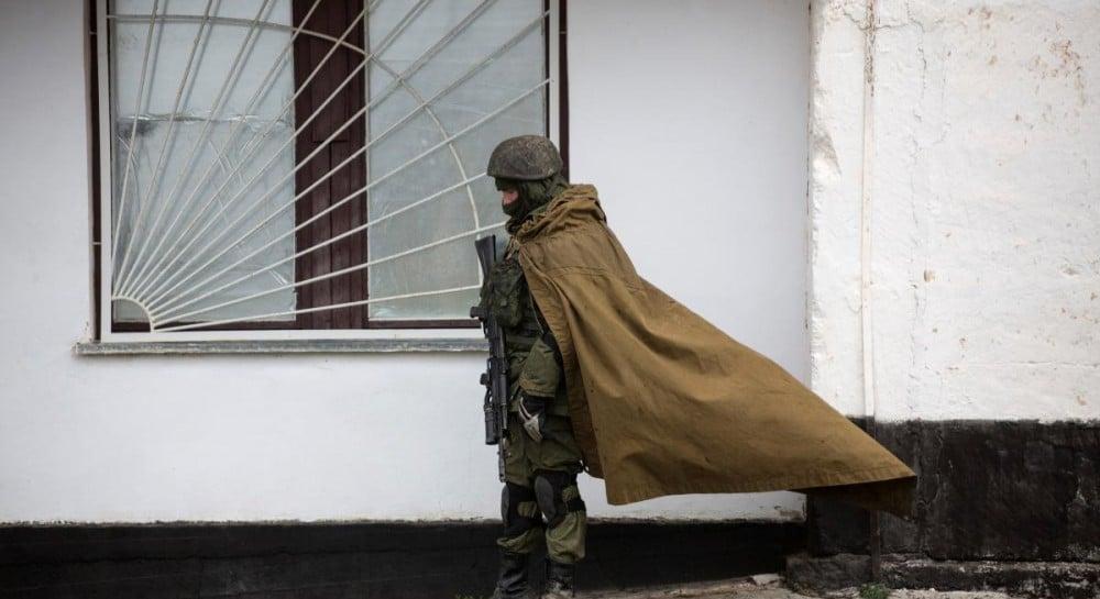 Боевики на Донбассе стягивают тяжелую технику к линии разграничения