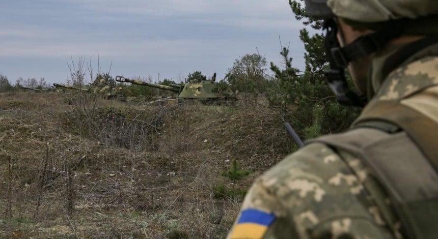 Боевики 39 раз обстреляли украинские позиции в районе ООС: семь военнослужащих ранены