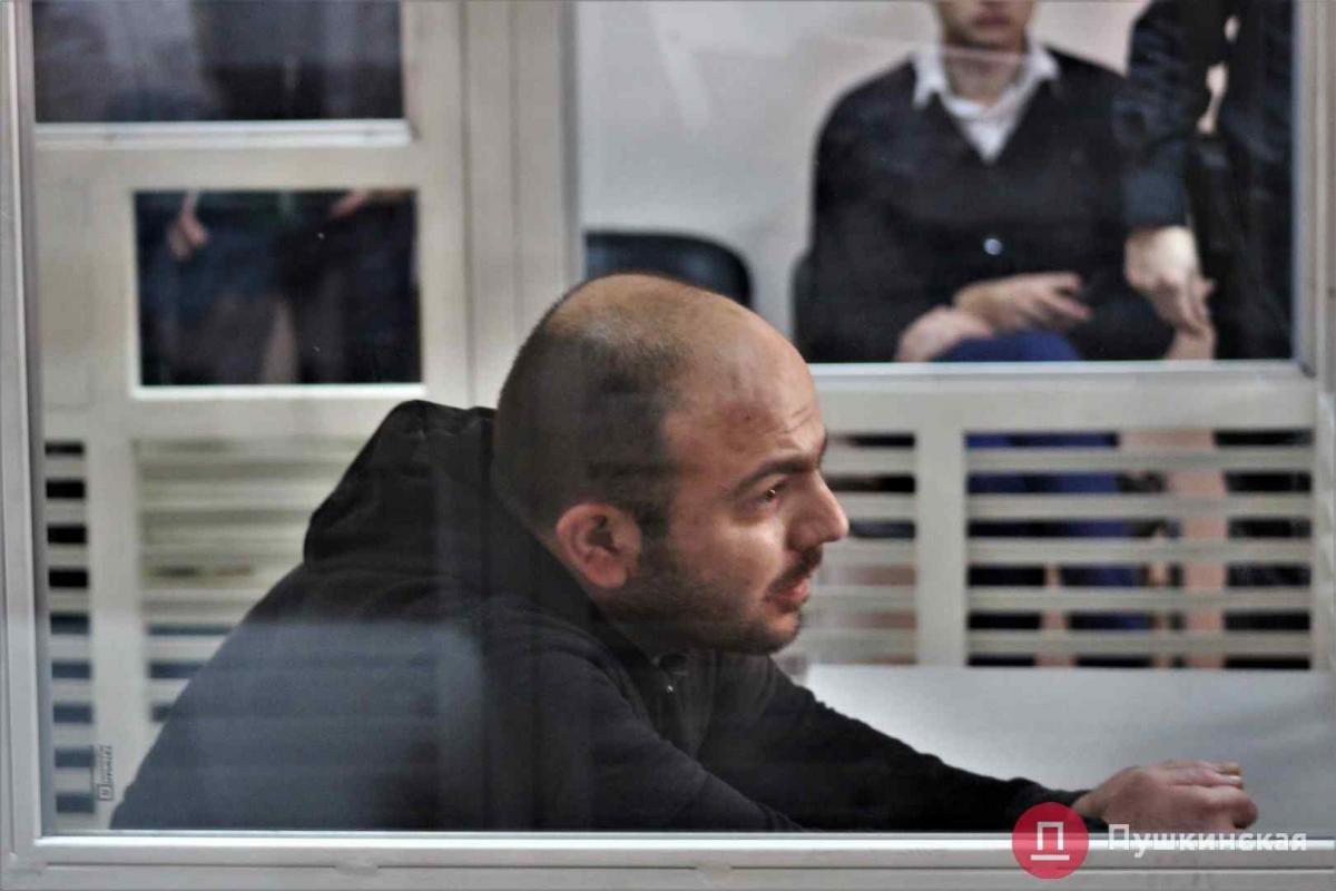 Подозреваемый в нападении на активиста Миши в Одессе пытался покончить с собой / фото pushkinska.net