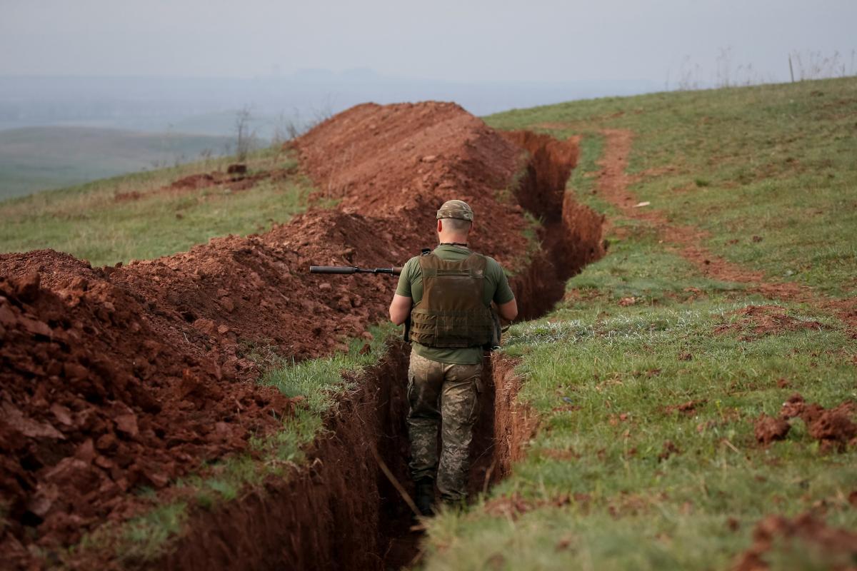 Потерь среди украинских военных нет \ фото REUTERS
