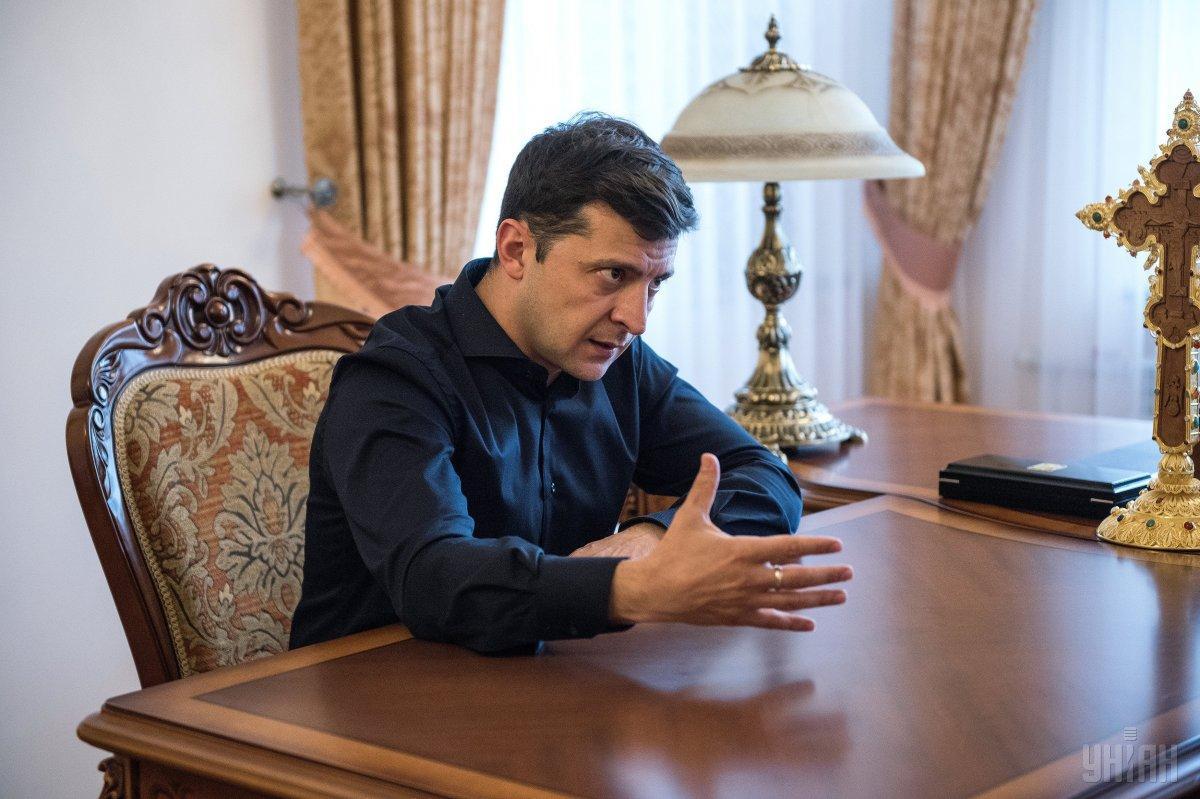 Зеленский на встрече с парламентариями будет предлагать назначить инаугурацию на 19 мая / фото УНИАН