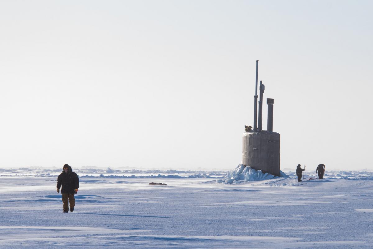 """Подводная лодка """"Лошарик"""" играла важную роль в российском присвоении Арктики и ее ресурсов / фото flickr.com/usnavy, Mass Communication 2nd Class Micheal H. Lee"""