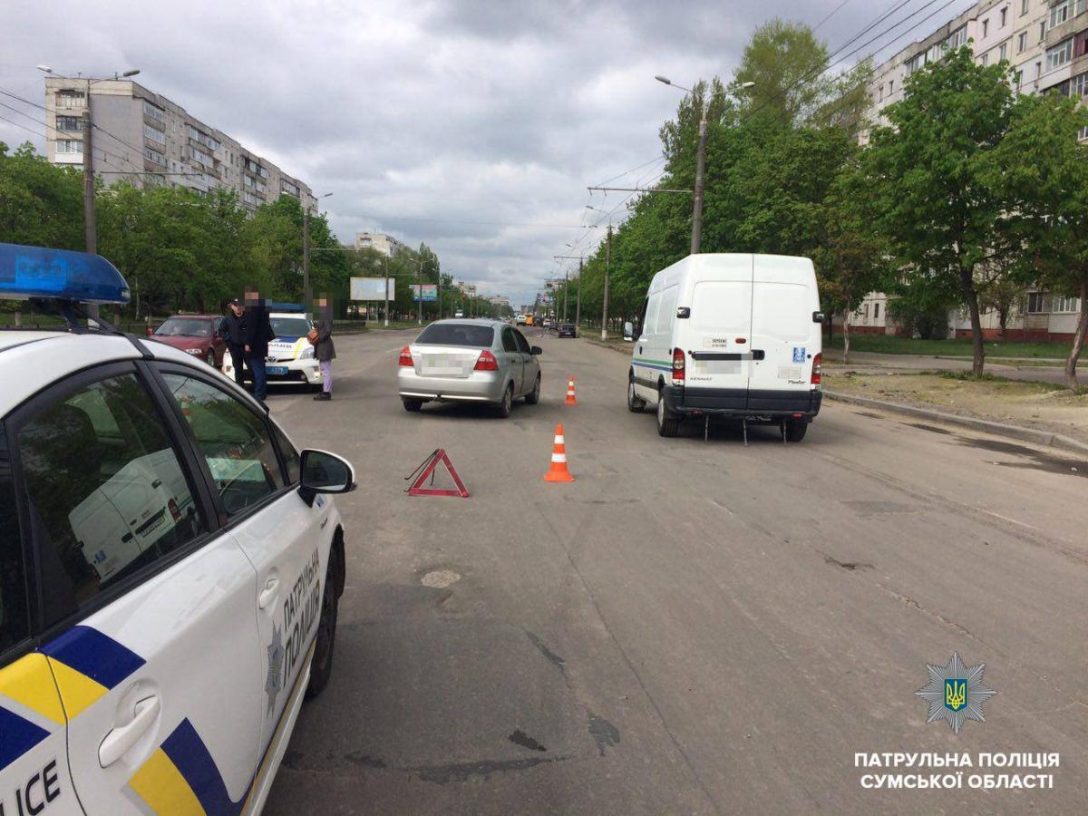 Проводится проверка ДТП / фото: полиция Сумской области