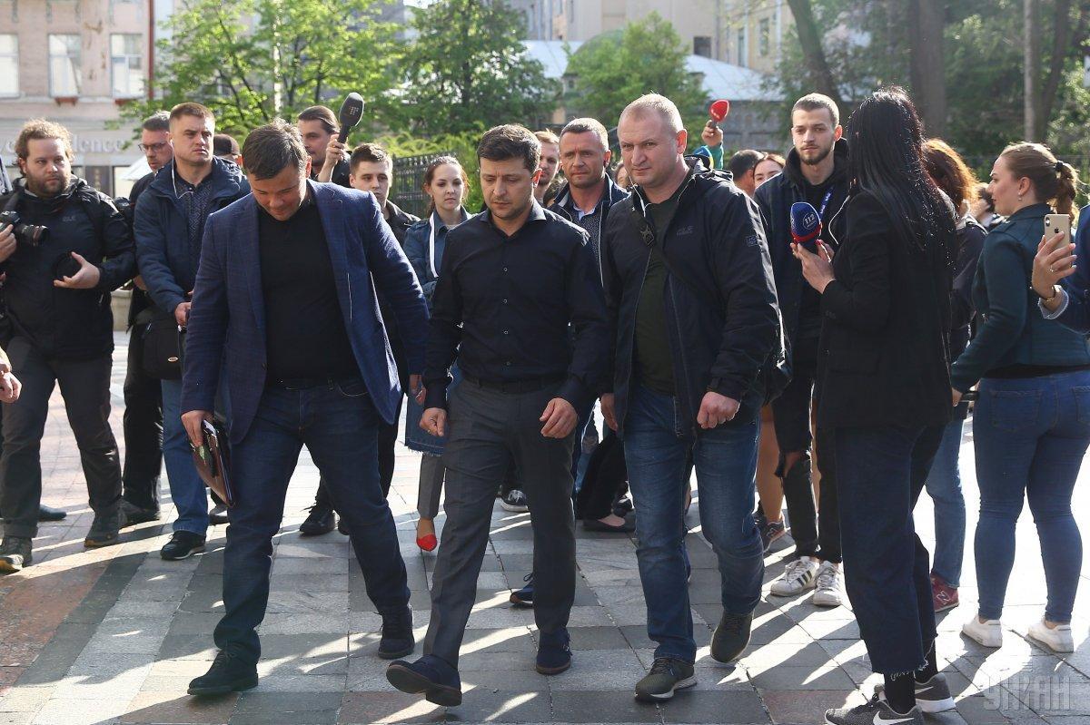 Команда Зеленского настаивает на назначении инаугурации на 19 мая / фото УНИАН