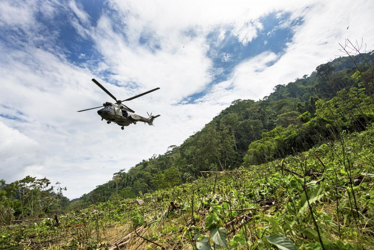 У цей день в 1945 році була проведена перша в світі рятувальна операція за участю вертольота / фото REUTERS