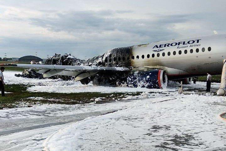 Стала известна основная версия авиакатастрофы в Шереметьево / REUTERS