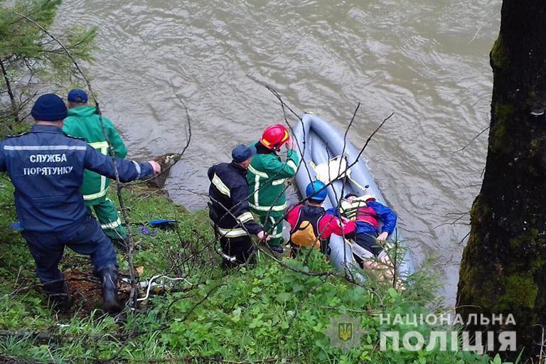 Председателя федерации рафтинга Прикарпатья задержали из-за смертельногоДТП с туристами / фото ГУНП