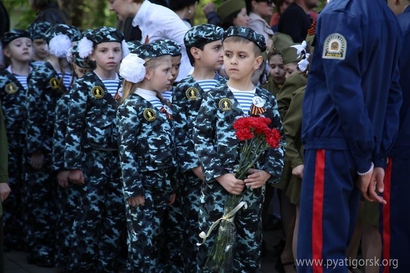 В России провели парад детсадовцев / pyatigorsk.org