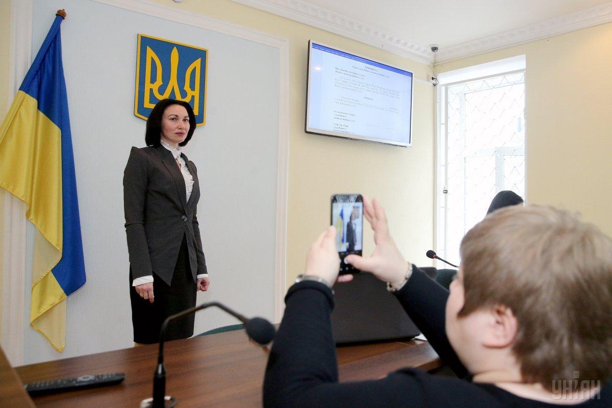На основному місці роботи Олена Танасевич заробила майже 245,9 тисяч гривень / фото УНІАН