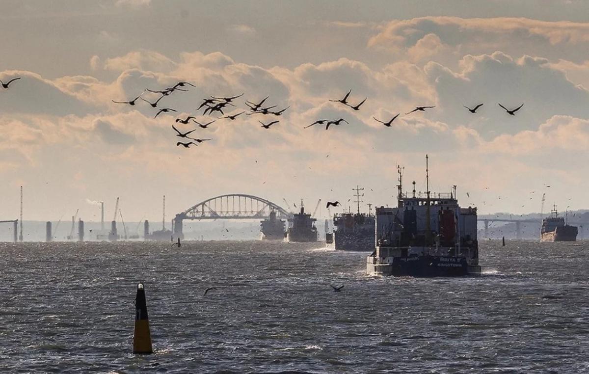 """РФ утверждает, что миссией украинских судов было якобы """"тайное вторжение в ее территориальные воды / фото:politexpert.net"""