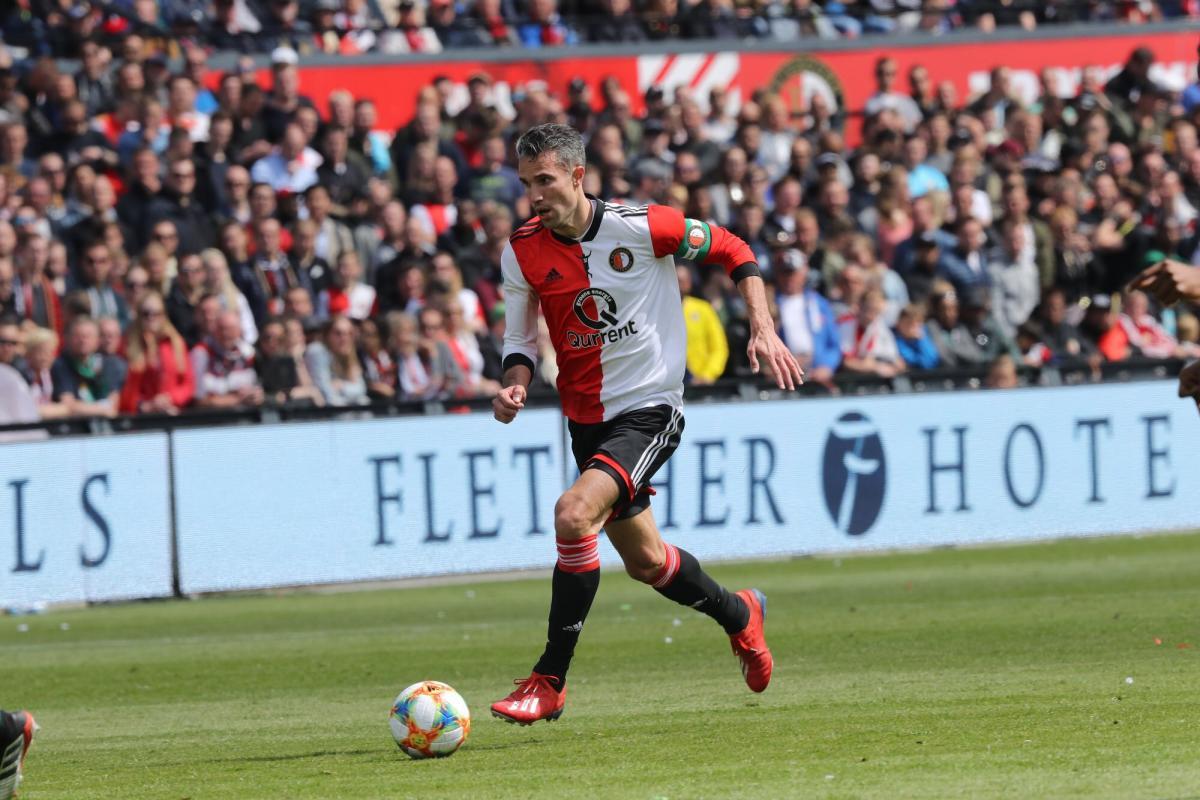 Голландский форвард Робин ван Перси провел последний матч в карьере / twitter.com/feyenoord