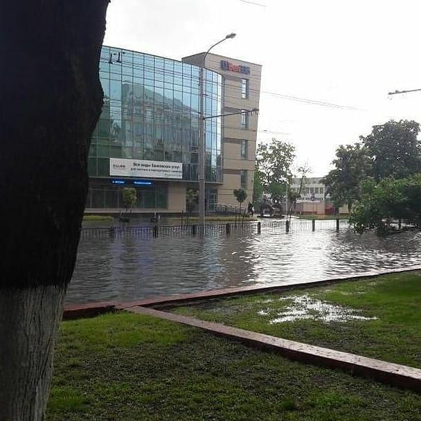 В Гомеле прошел сильный дождь / Фото: ЧП Беларусь