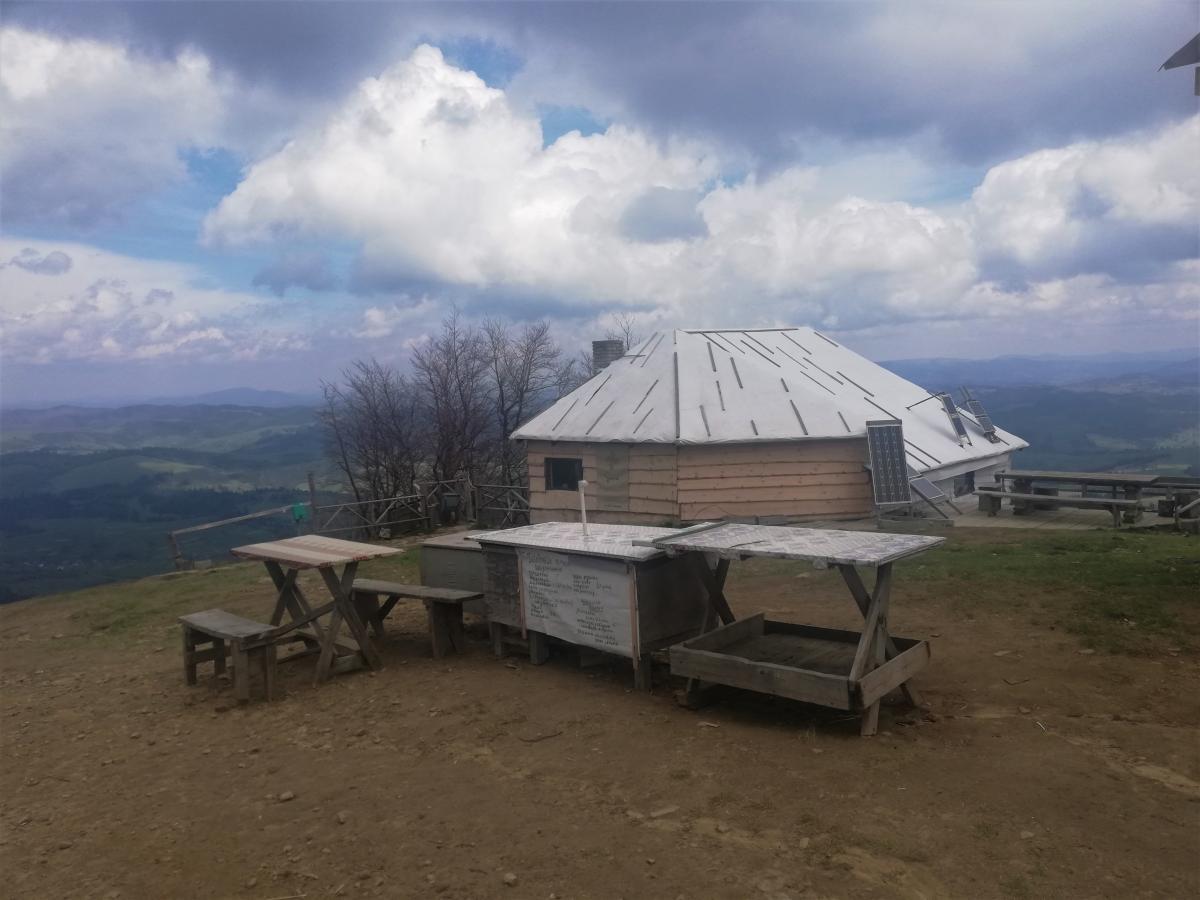 Чайовня на остановке подъемника в Пилипце / Фото Марина Григоренко