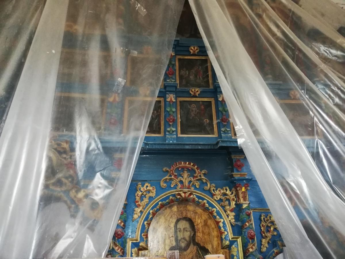 В церкви в Гукливом единственный в Украине иконостас такого типа / Фото Марина Григоренко