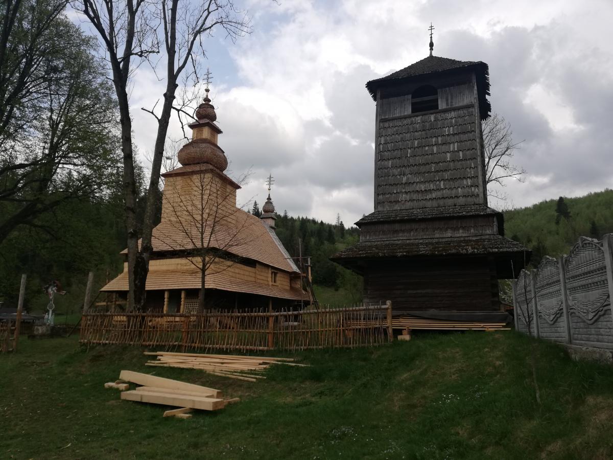 Уникальная деревянная церковь в селе Гукливый / Фото Марина Григоренко