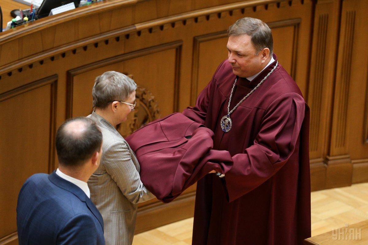 Конституционный суд уволилсвоего главу Шевчука / фото УНИАН