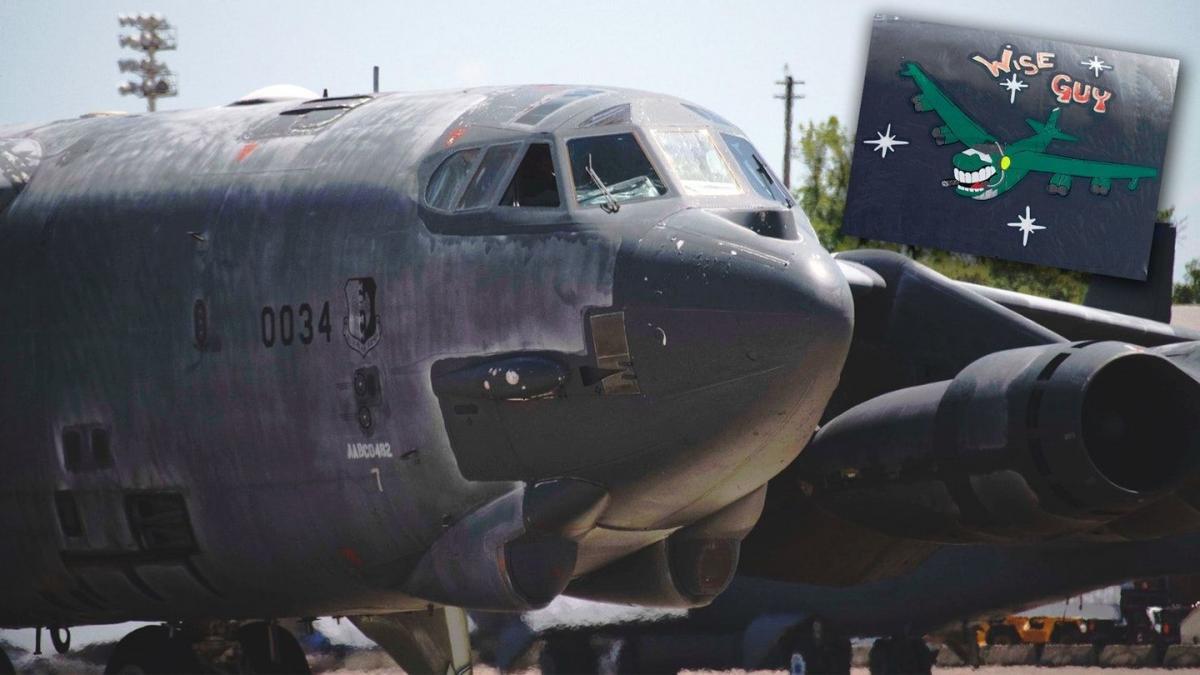 Бомбардировщик с прозвищем Wise Guyдо этого находился на авиационном«кладбище» / фото: thedrive