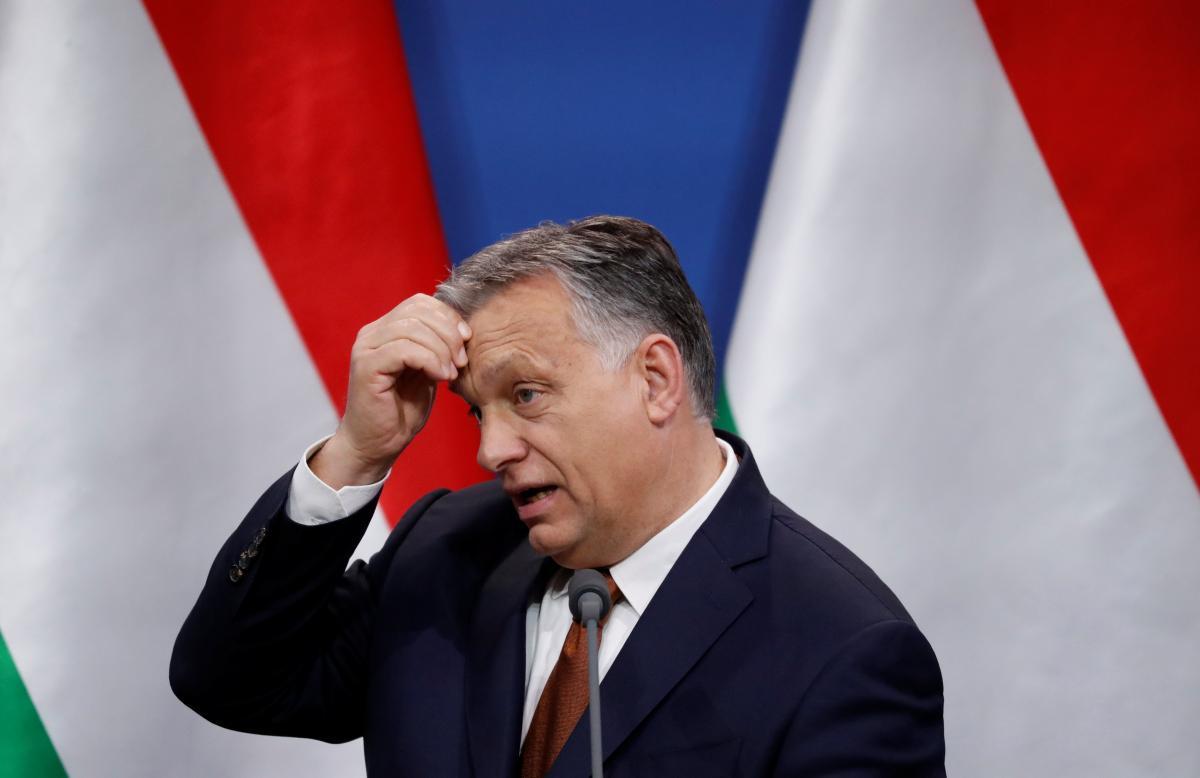 Reuters: правительство Орбана обвинили в цензуре по освещению ситуации с коронавирусом / REUTERS