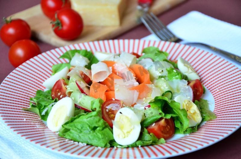 Употребление овощей вместе с яйцами повышает усвоение антиоксидантов / фото 1000.menu