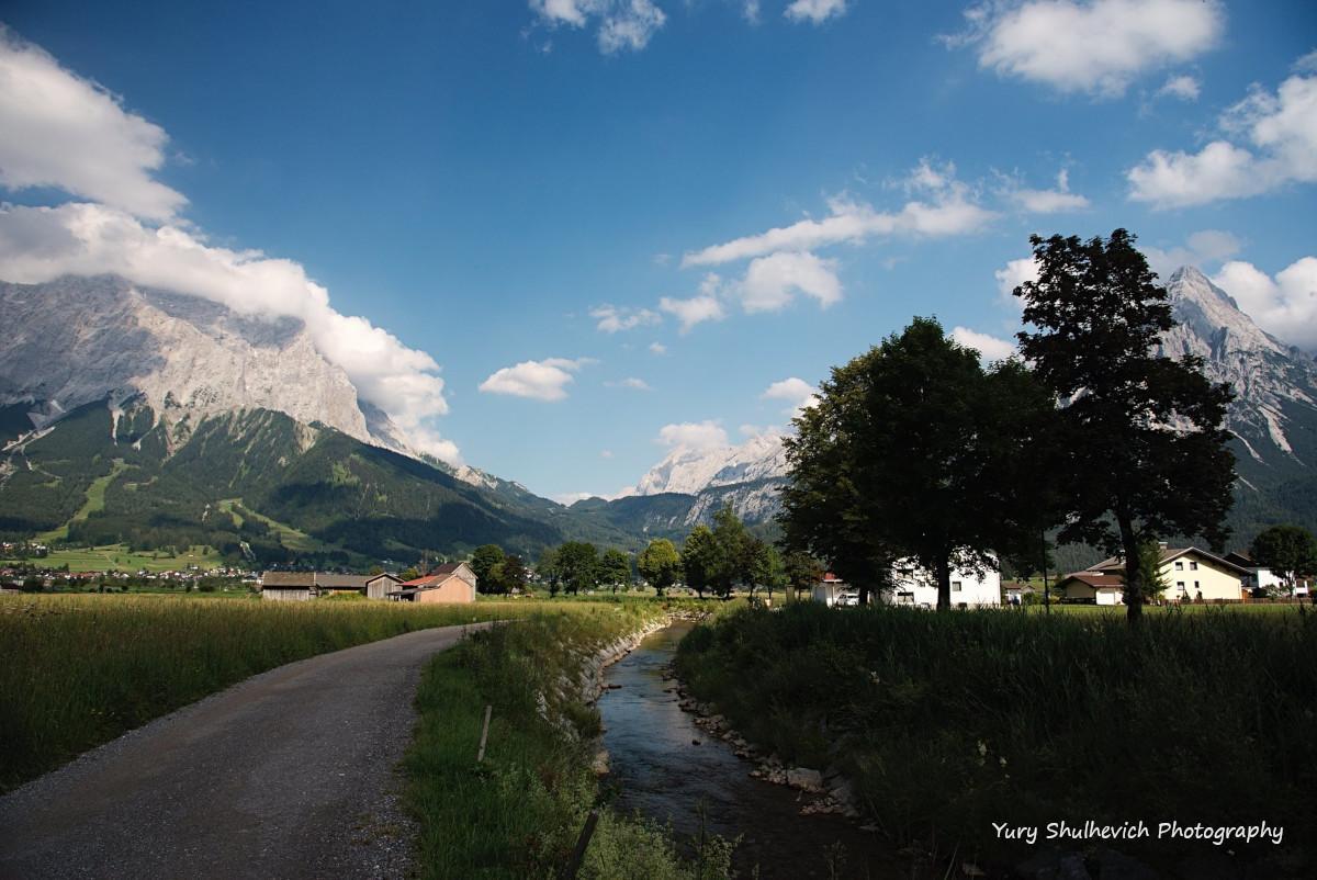 З австрійської сторони відкриваються неймовірні краєвиди/ фото Yury Shulhevich
