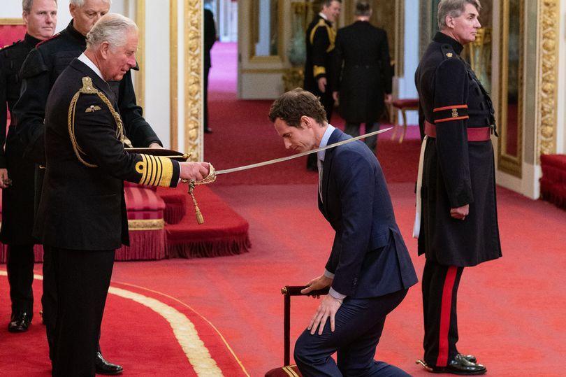 Энди Маррей был посвящен в рыцари в Букингемском дворце / PA