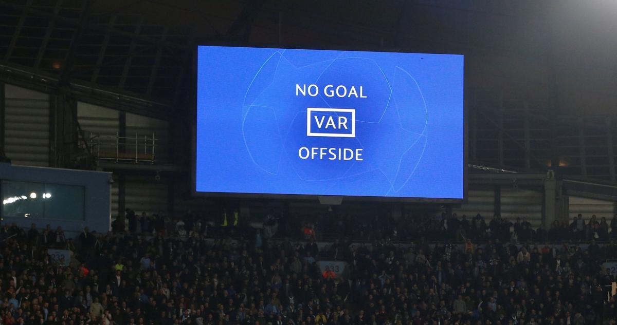VAR будет работать дистанционно на матче ЛЧ/ фото REUTERS