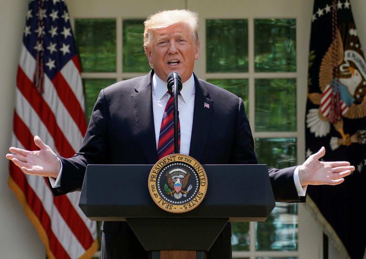Американские компании покидают КНР после поднятия пошлин накитайские товары— Трамп