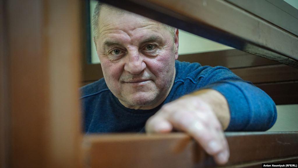 У Бекирова ампутирована нога, он болен сахарным диабетом / фото Антон Наумлюк, Радио Свобода