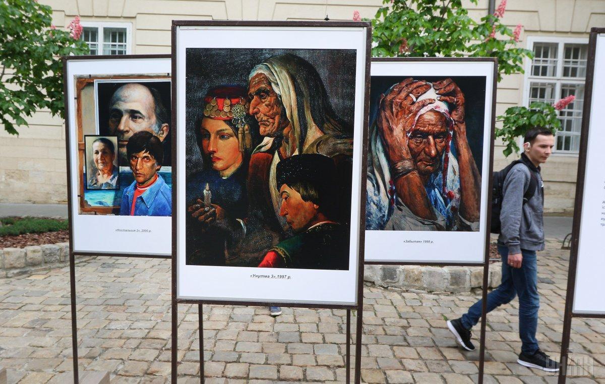 Сегодня в Украине поминают жертв геноцида крымскотатарского народа / фото УНИАН