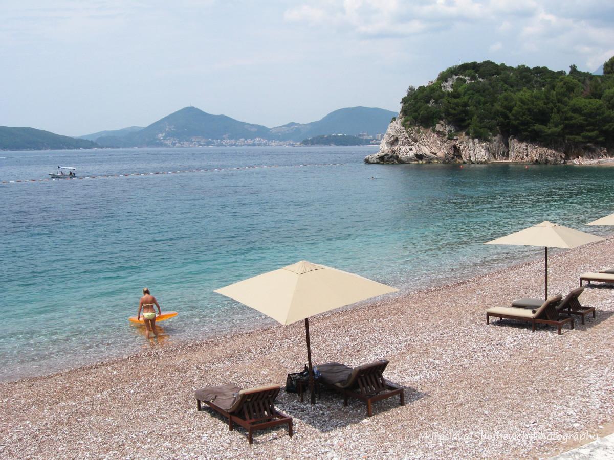 Протяжність пляжів Чорногорії - 73 кілометри / фото Myroslava Shulhevich