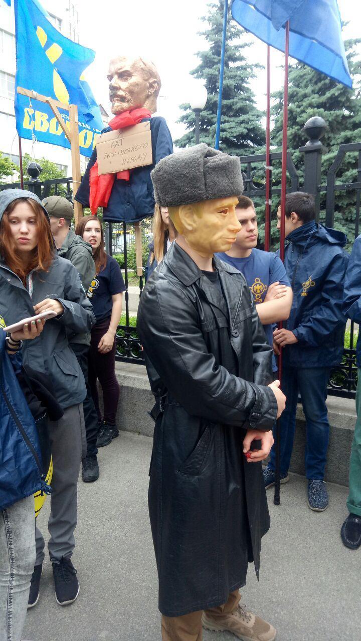 Активисты обещают жесткое сопротивление реванша пророссийских сил / фото УНИАН