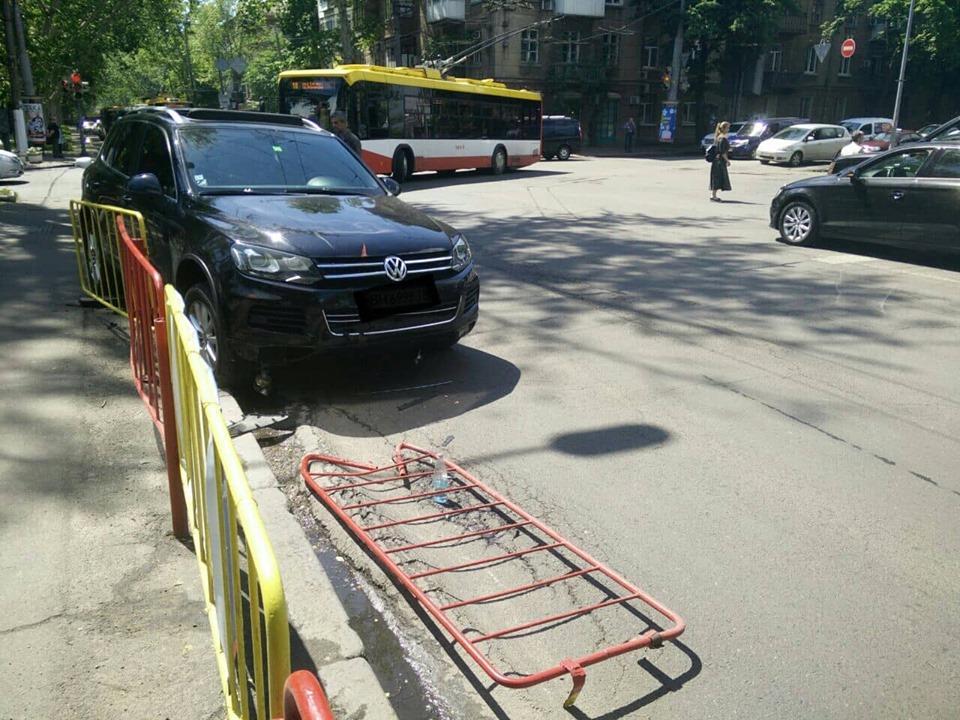 Потерпілого доставлено в лікарню / фото прес-служби управління патрульної поліції Одеської області