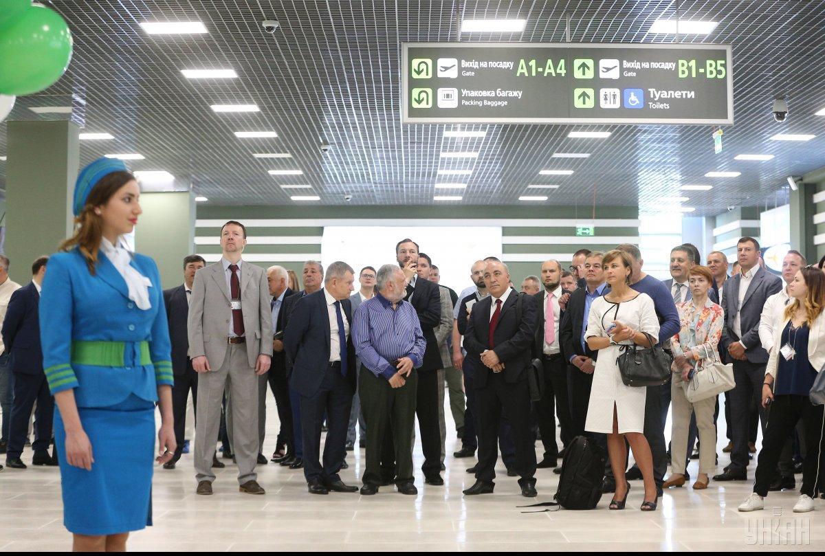 """Відкриття нового терміналу А в аеропорту """"Київ"""" / Фото УНІАН"""