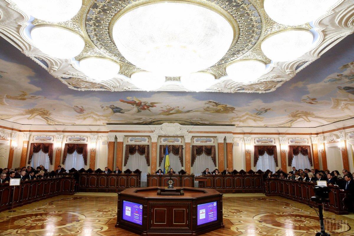 До Верховного суду надійшло два позови щодо оскарження указу президента про розпуск ВР / УНІАН