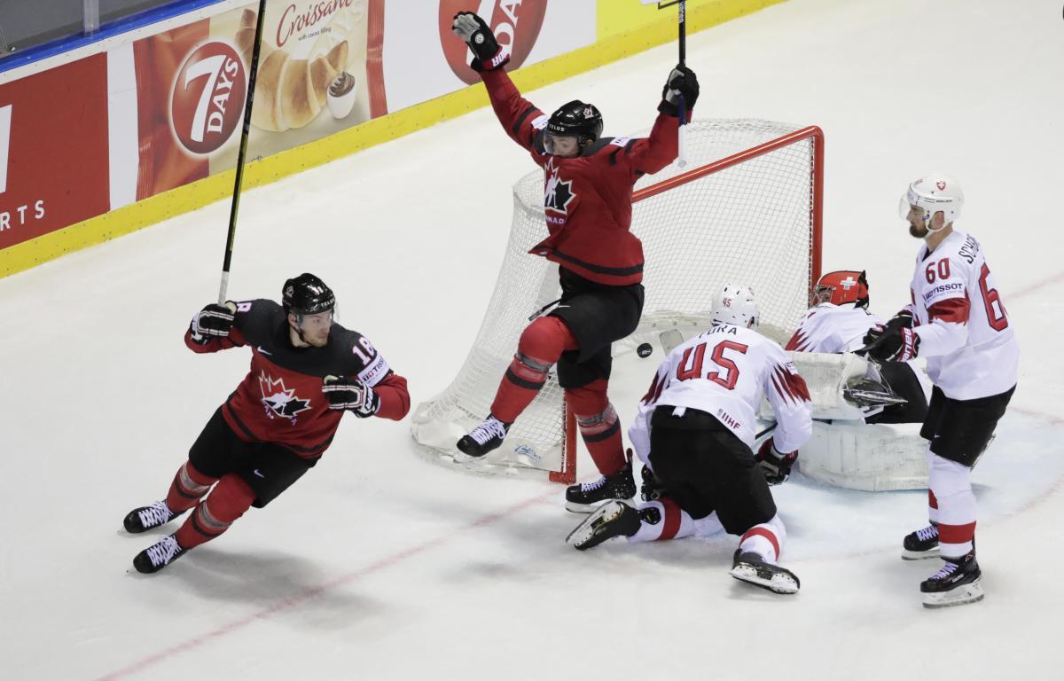 Канада - Швейцария / REUTERS