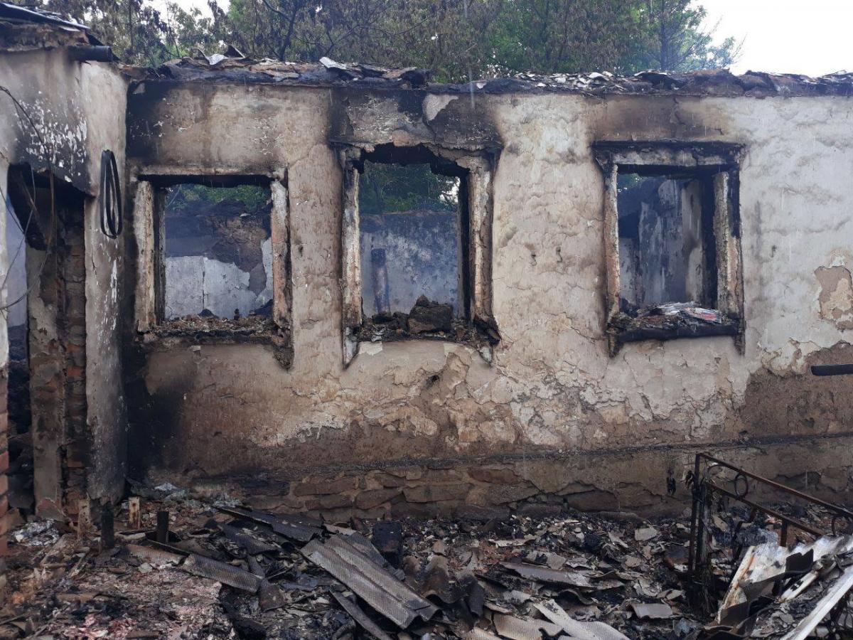 На Донетчине боевики уничтожили жилой дом гранатометным огнем / Facebook, Операция объединенных сил