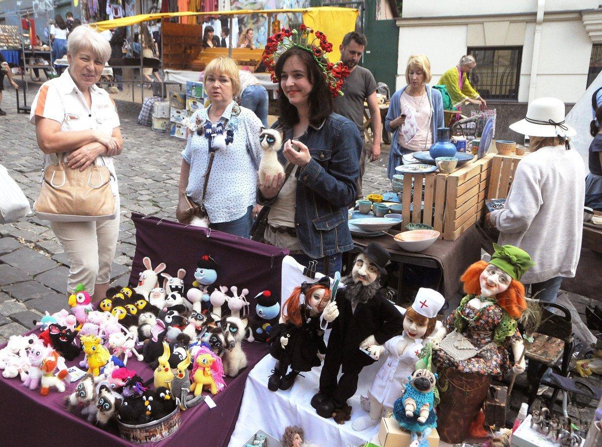 Киевляне празднуют День города / фото УНИАН