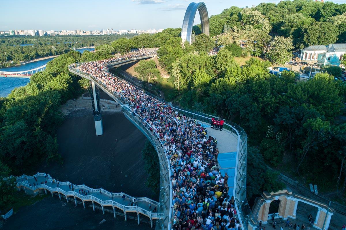 Миргородский утверждает, что его команда спешила, чтобы завершить работы ко Дню Киева / фото Источник