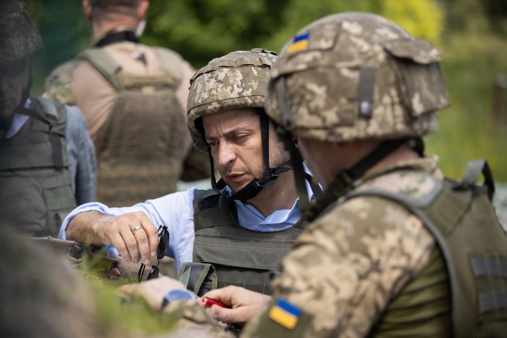 Зеленский отреагировал на разведение сил в Станице Луганской / фото president.gov.ua/