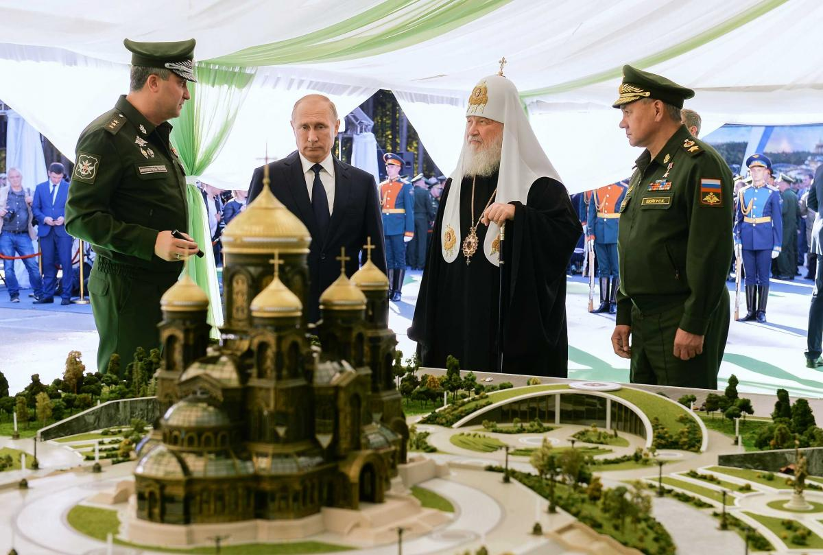 Российская армия и церковь сплетаются во едино/ mil.ru