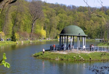 В Украине завтра будет теплая погода, днем до 28 градусов