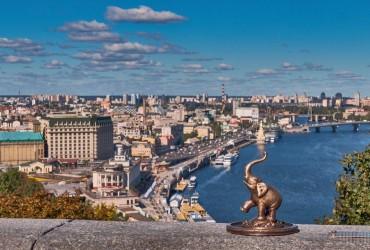 В Киеве сегодня без осадков, днем температура до +27°