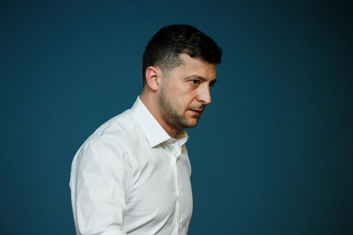 Зеленский уволил почти два десятка глав районных администраций / REUTERS