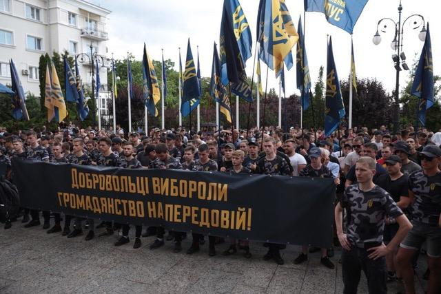 «Национальный Корпус» требует упростить процедуру получения украинского гражданства для иностранных добровольцев / фото УНИАН
