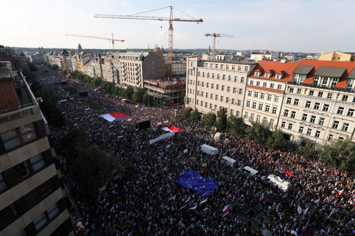 Протест в Праге / REUTERS