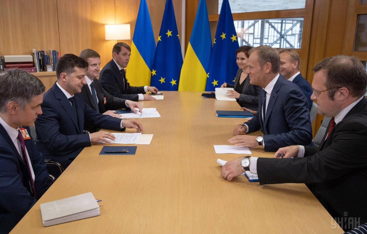 Tusk (right) is welcoming President Zelensky (left) / Photo from UNIAN