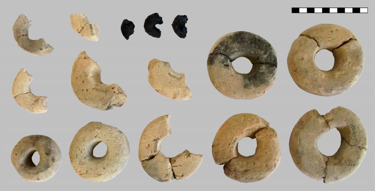 Артефакты изготовлены из теста / фото Heiss et al